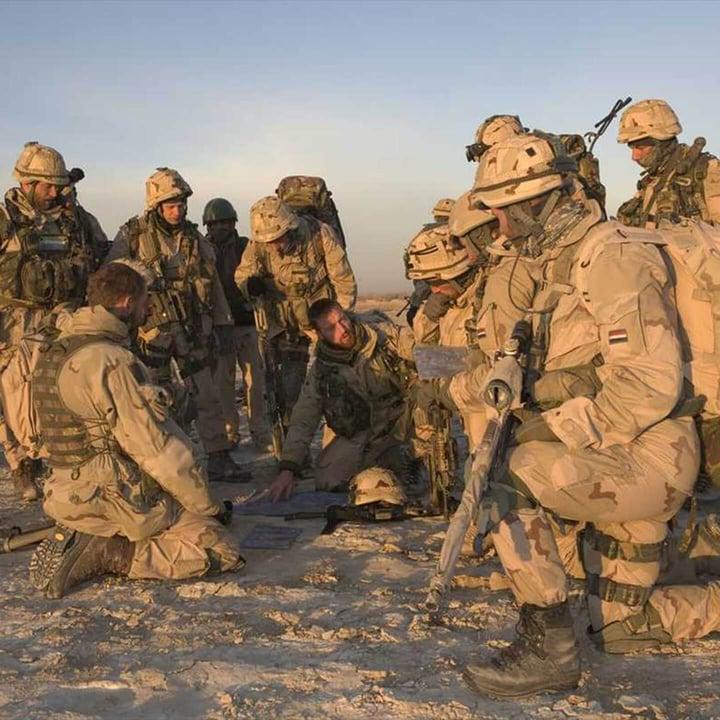 Defensie = soldaatje spelen... of toch niet?